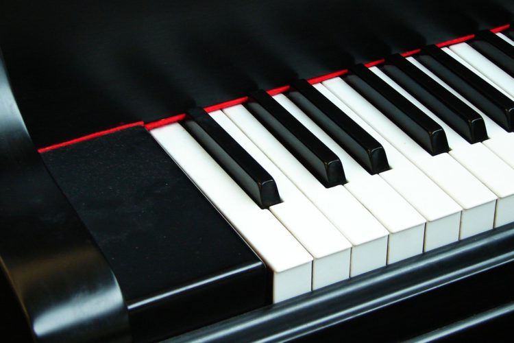 5 Benefits Of Learning Piano