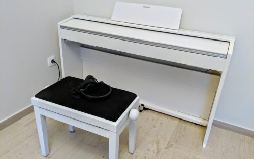 Casio PX-870 white with bench and headphone