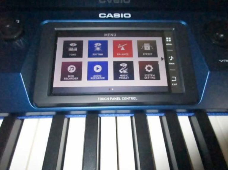 The display on the Casio Privia PX 560